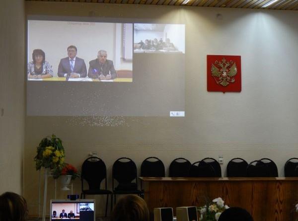 Родители из Омутнинска побывали на видеоконференции с министром
